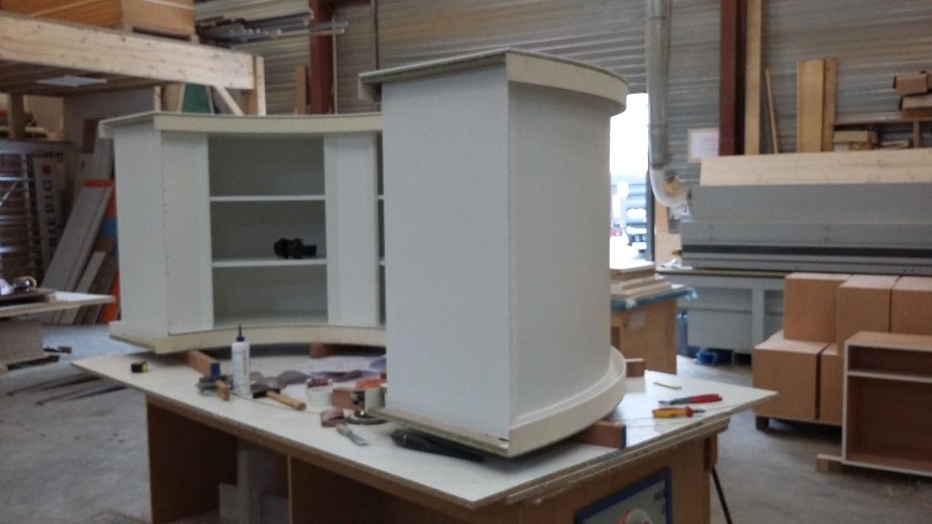 meuble bar pour ext rieur par magicflamby sur l 39 air du bois. Black Bedroom Furniture Sets. Home Design Ideas