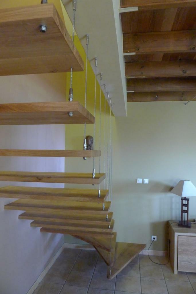 escalier quart tournant suspendu par toutenbois sur l 39 air. Black Bedroom Furniture Sets. Home Design Ideas