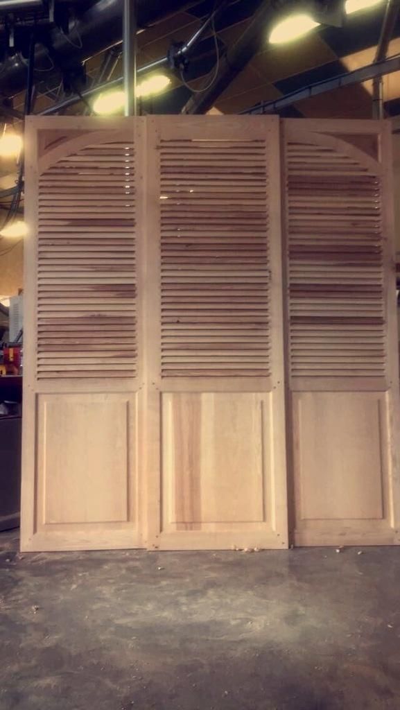 Portes Persienne Coulissante Par Nik LMB Sur LAir Du Bois - Porte persienne coulissante