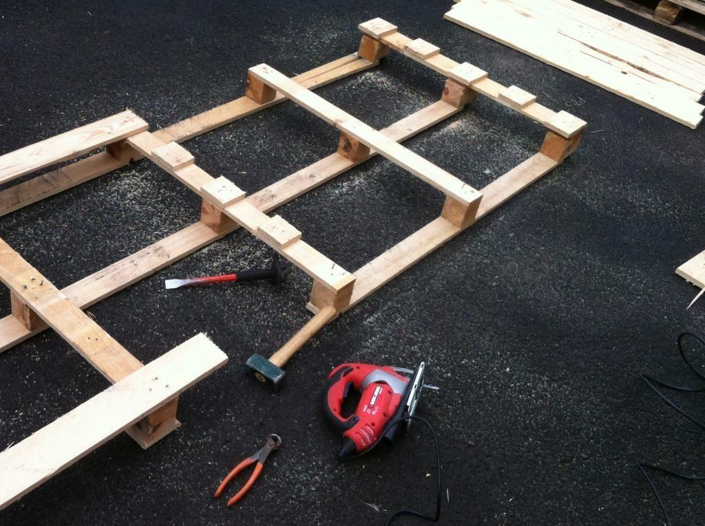 Sapin de no l en bois de palette par travaillerlebois sur - Sapin de noel en palette ...