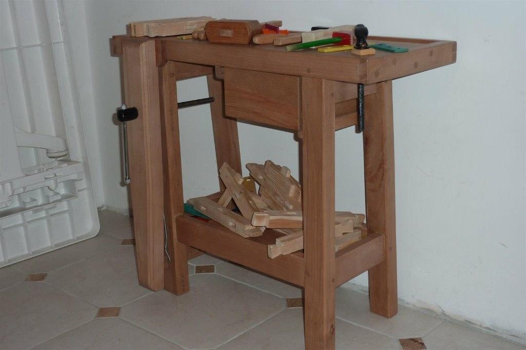 pas pas etabli pour enfant avec banc int gr et boite outils par bernino sur l 39 air du bois. Black Bedroom Furniture Sets. Home Design Ideas