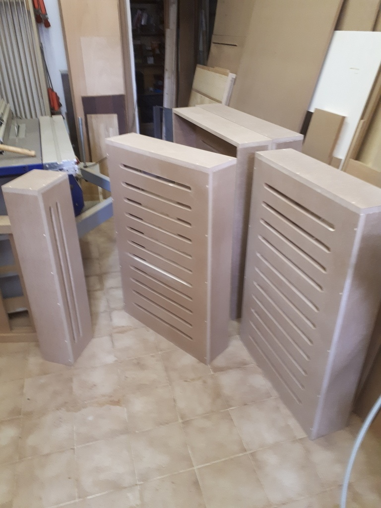 fabrication sur mesure de cache radiateur en mdf par. Black Bedroom Furniture Sets. Home Design Ideas