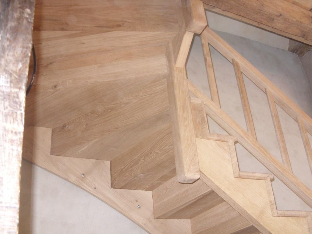 escalier en ch ne par riquet18x4 sur l 39 air du bois. Black Bedroom Furniture Sets. Home Design Ideas
