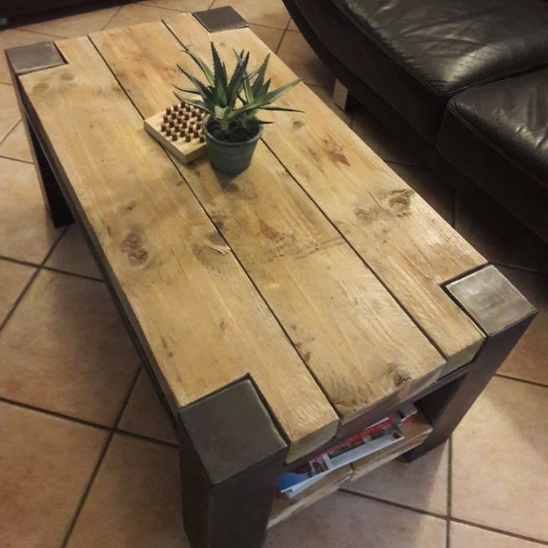 Table Basse Style Industriel Par Mysteel Sur L Air Du Bois