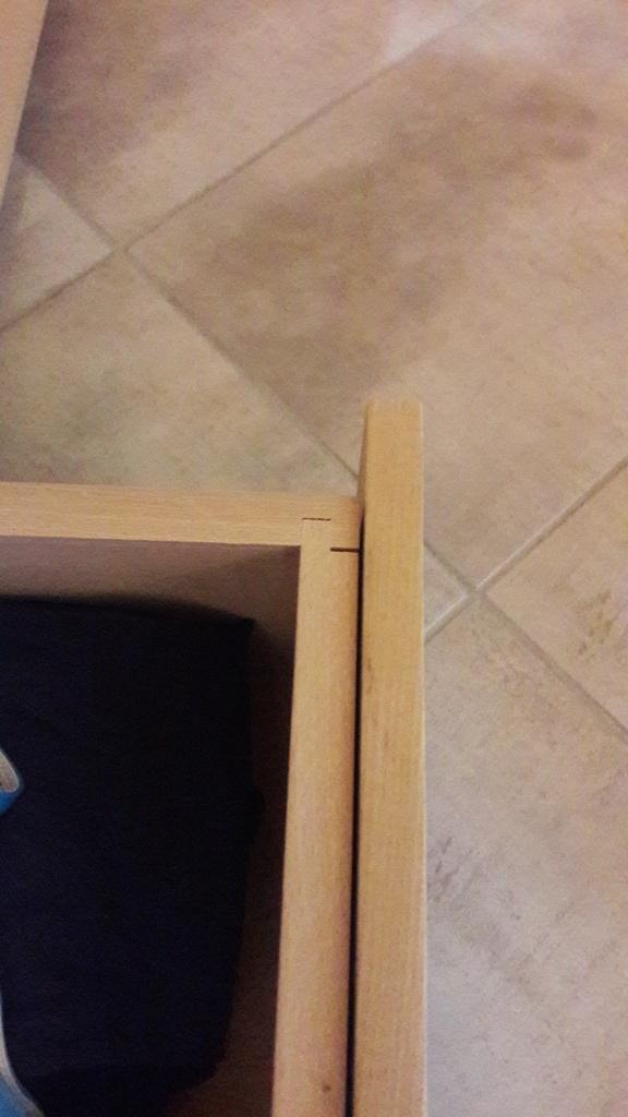 meuble commode et penderie sous les combles par jif sur l 39 air du bois. Black Bedroom Furniture Sets. Home Design Ideas