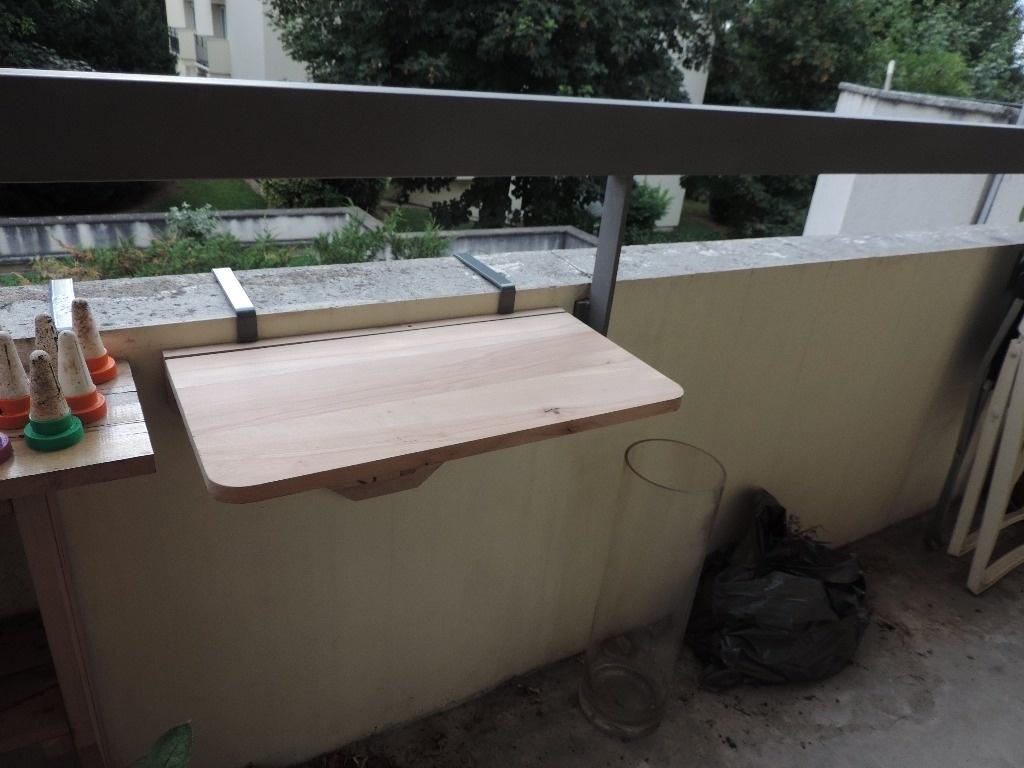 support barbecue pour balcon par reve sur l 39 air du bois. Black Bedroom Furniture Sets. Home Design Ideas