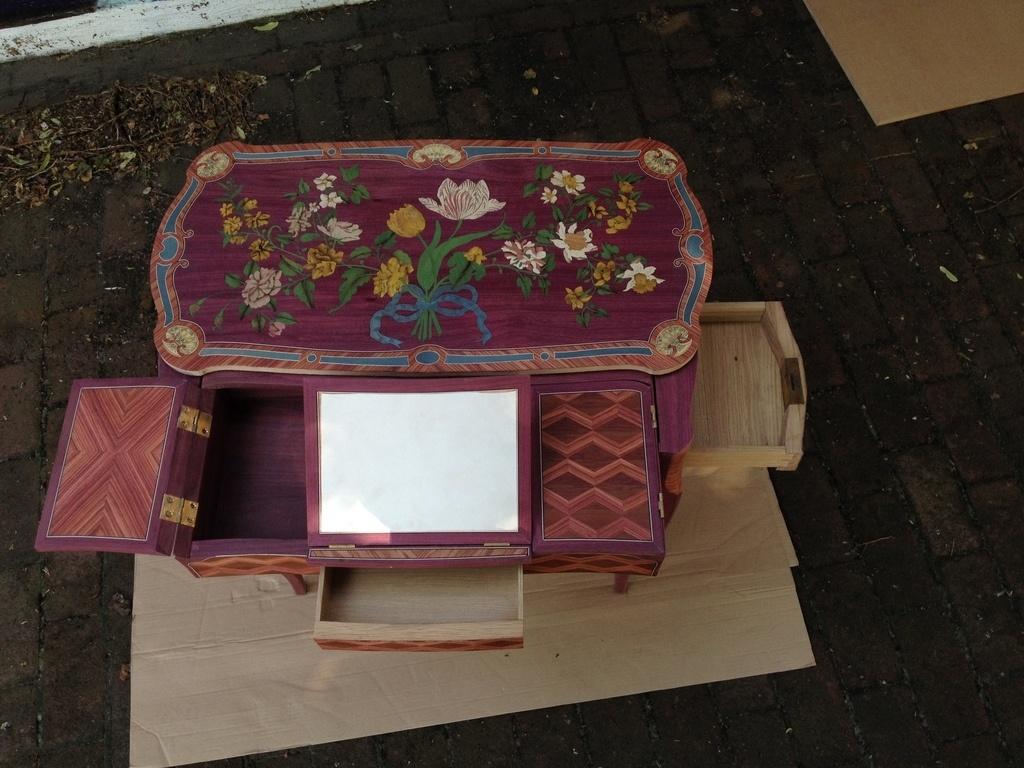 reproduction d 39 une table m canique de jean francois oeben par raphaelg sur l 39 air du bois. Black Bedroom Furniture Sets. Home Design Ideas
