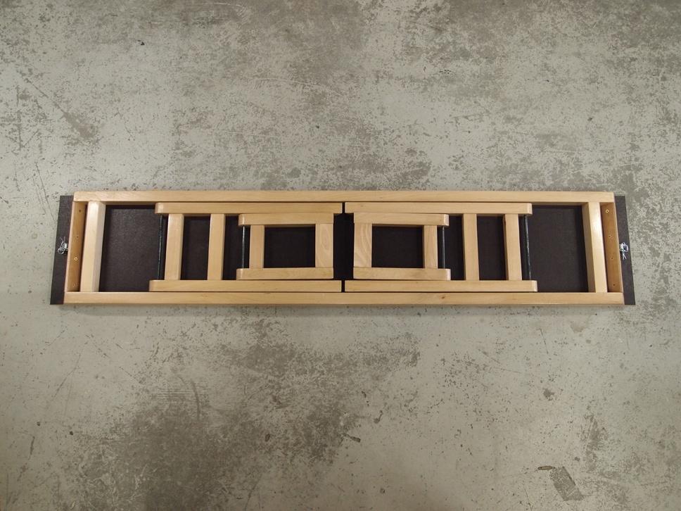 banc zig zag pliable par entropie sur l 39 air du bois. Black Bedroom Furniture Sets. Home Design Ideas