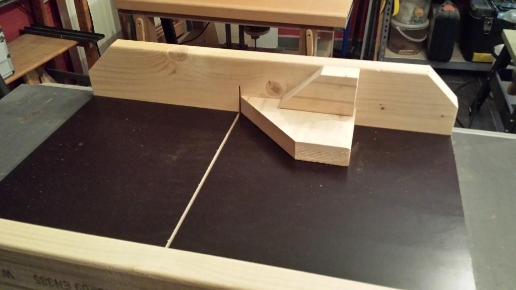 Chariot pour ma nouvelle scie circulaire sous table par - Top craft scie circulaire table ...