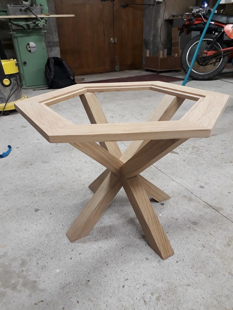 table basse vitr e par leboiseuxdumorvan sur l 39 air du bois. Black Bedroom Furniture Sets. Home Design Ideas