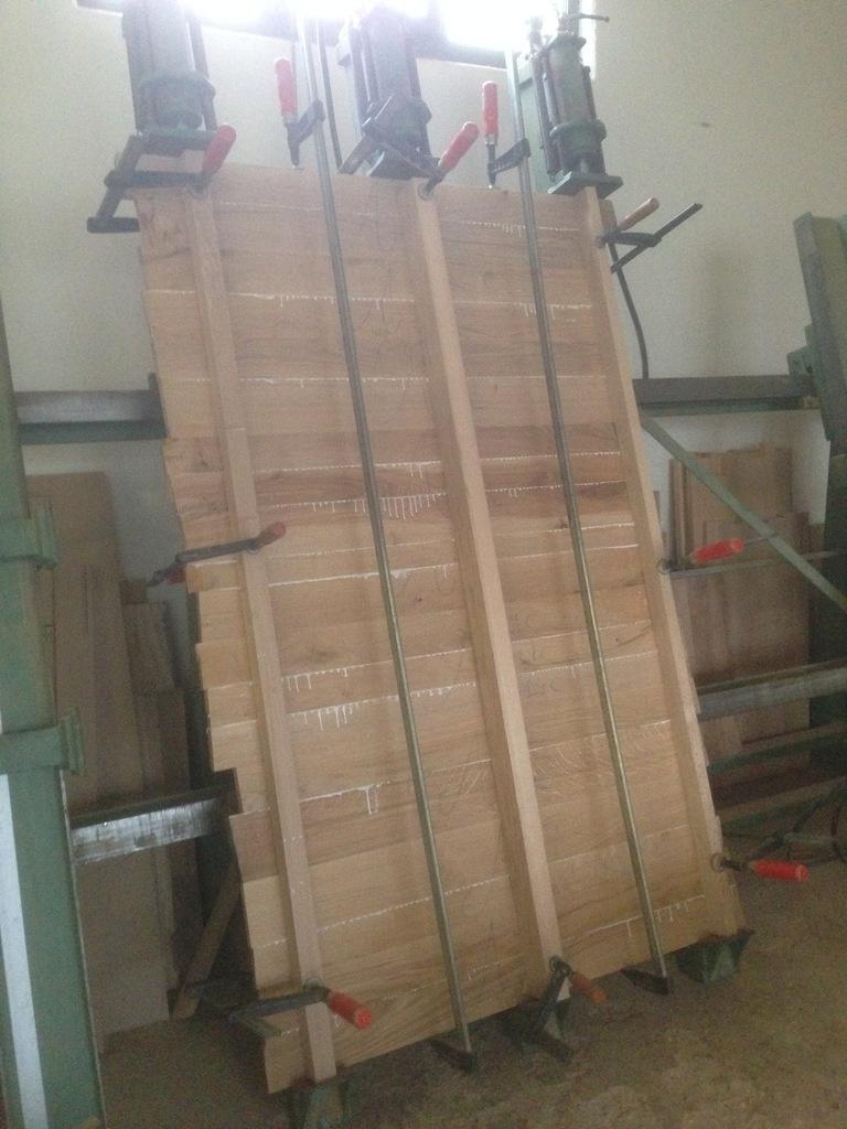 habillage d 39 escalier en ch ne par thomas sur l 39 air du bois. Black Bedroom Furniture Sets. Home Design Ideas