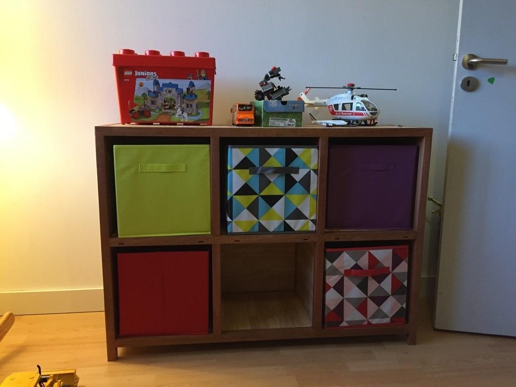 meuble de rangement cases bi tons par gypsydoc sur l 39 air du bois. Black Bedroom Furniture Sets. Home Design Ideas