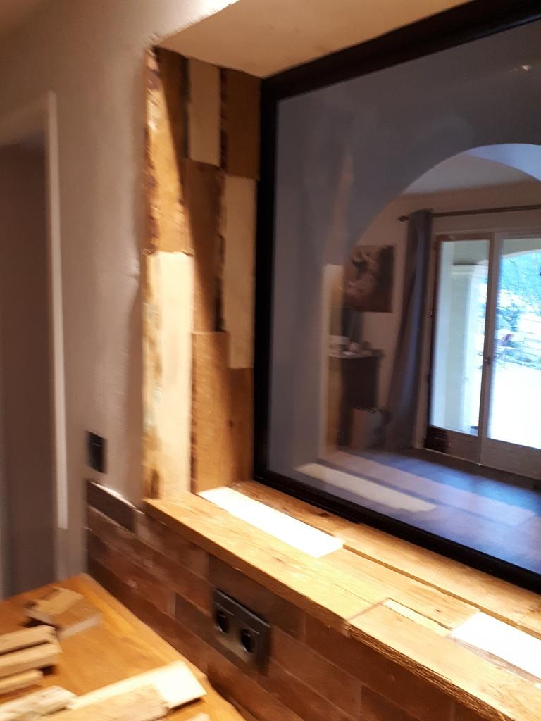 encadrements de fen tre en bois de r cup ration par cousin06 sur l 39 air du bois. Black Bedroom Furniture Sets. Home Design Ideas