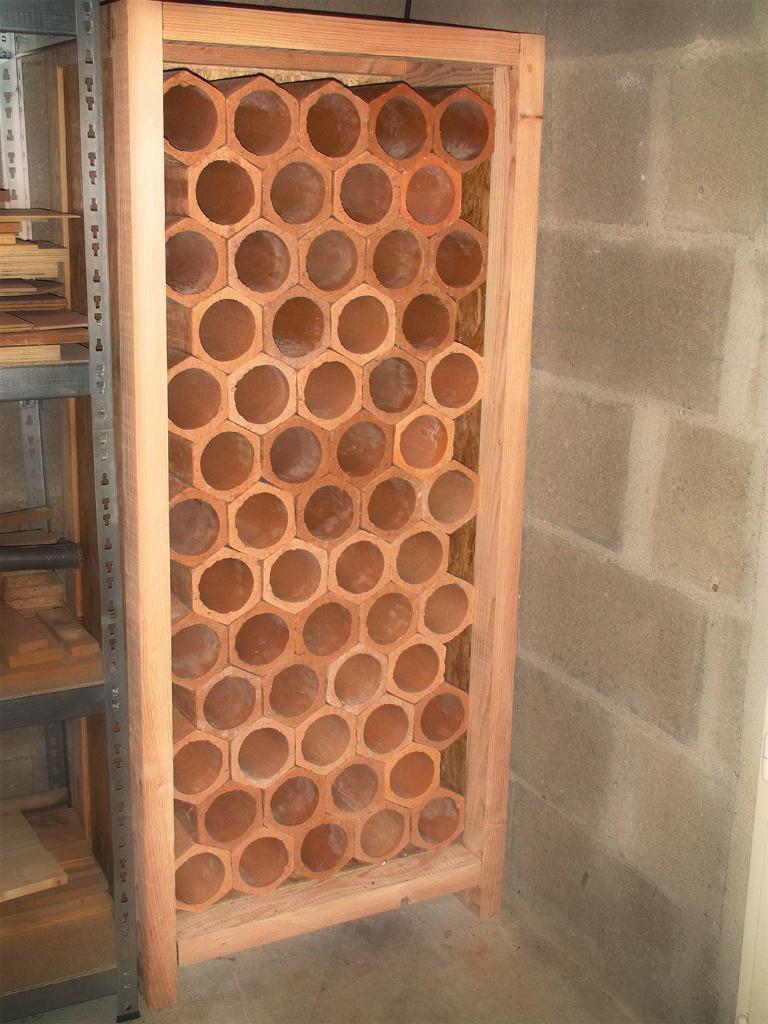 Armoire bouteilles par zorro sur l 39 air du bois - Piastrelle 10 x 10 ...