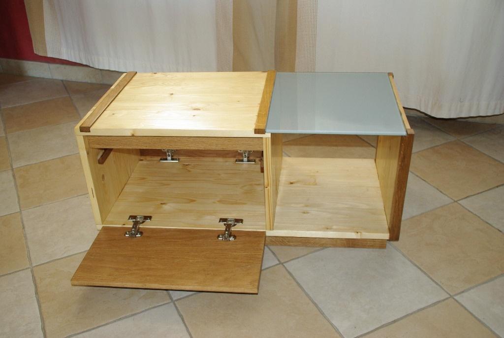 une table basse simple et pratique par gaetan m sur l 39 air du bois. Black Bedroom Furniture Sets. Home Design Ideas