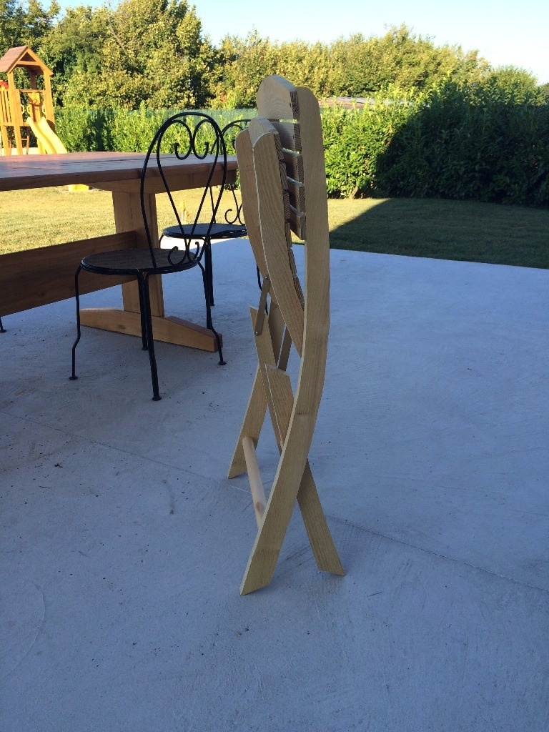 chaise salon de jardin par fabio38 sur l 39 air du bois. Black Bedroom Furniture Sets. Home Design Ideas