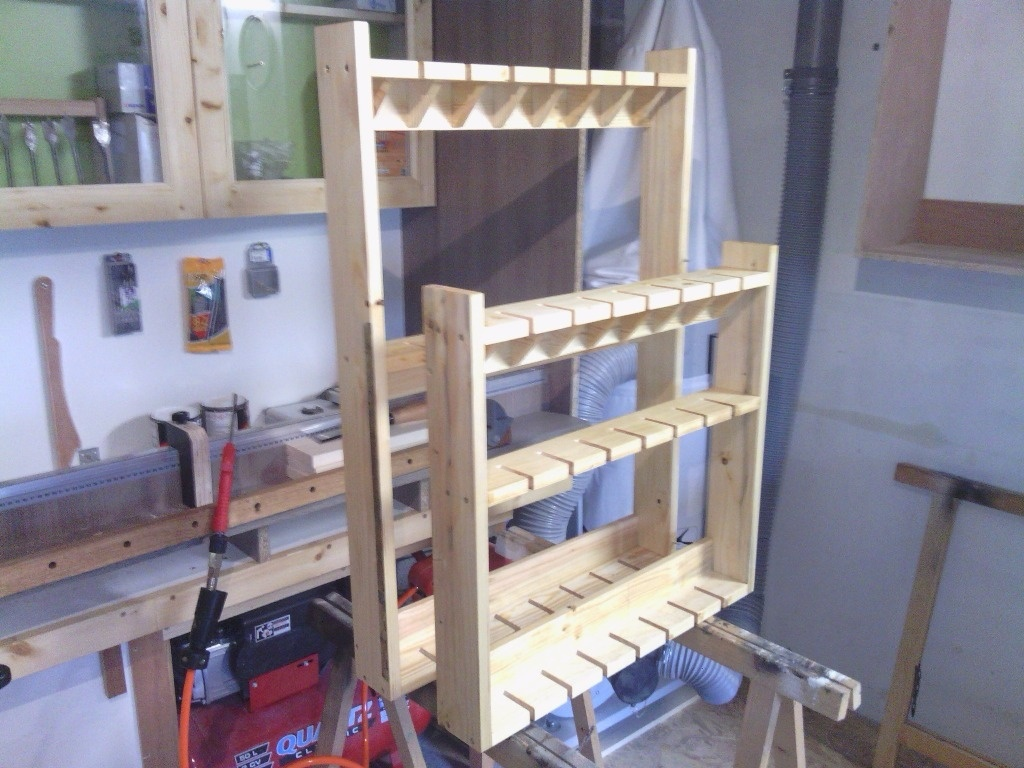Un rack a serres joint en bois de palette par arno88 sur LAir du Bois ~ Poids Palette Bois