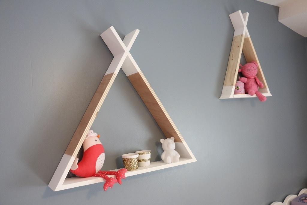 etagere tipi par papabricole sur l 39 air du bois. Black Bedroom Furniture Sets. Home Design Ideas