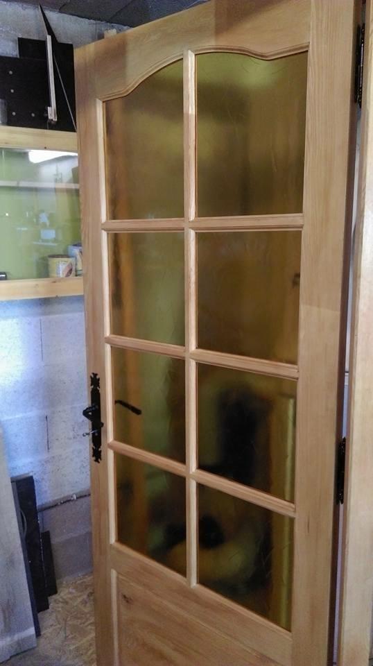 fabrication d une porte en bois. Black Bedroom Furniture Sets. Home Design Ideas