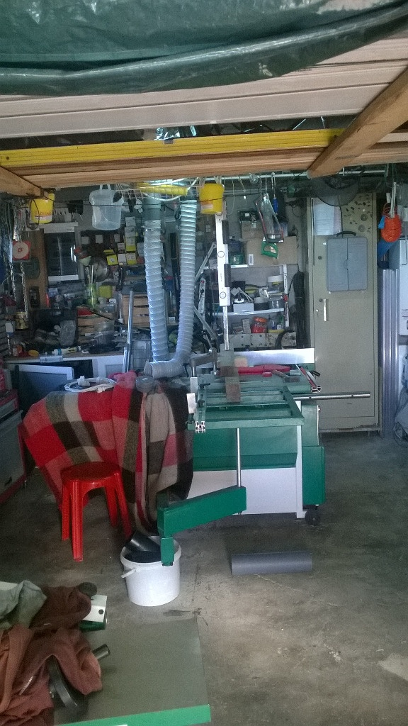mon atelier par billy71 sur l 39 air du bois. Black Bedroom Furniture Sets. Home Design Ideas