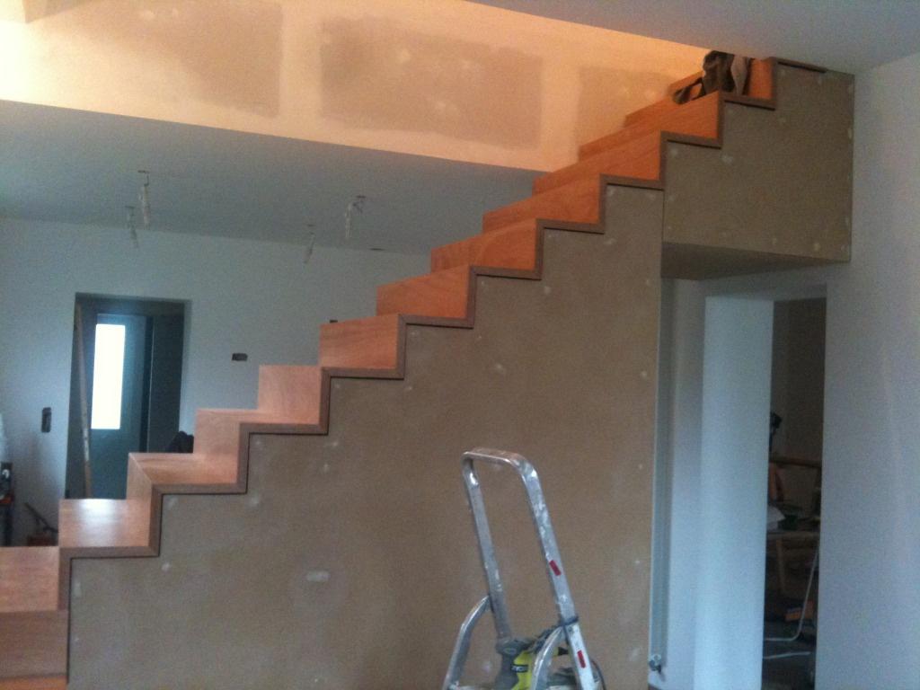 un escalier par pierrotonthemoon sur l 39 air du bois. Black Bedroom Furniture Sets. Home Design Ideas
