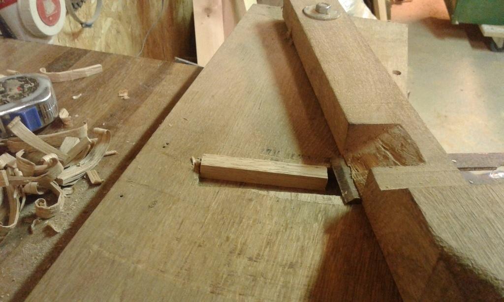 outillage pour fabrication de cheville par mich31159 sur l. Black Bedroom Furniture Sets. Home Design Ideas