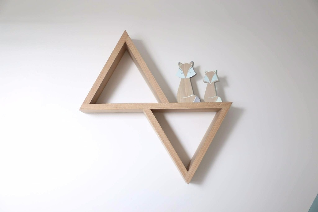 etagere bois triangulaire
