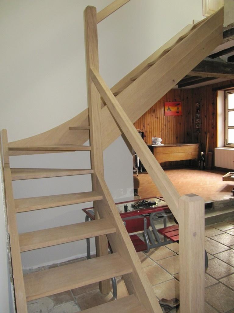 escalier balanc en ch ne par jeanco77 sur l 39 air du bois. Black Bedroom Furniture Sets. Home Design Ideas