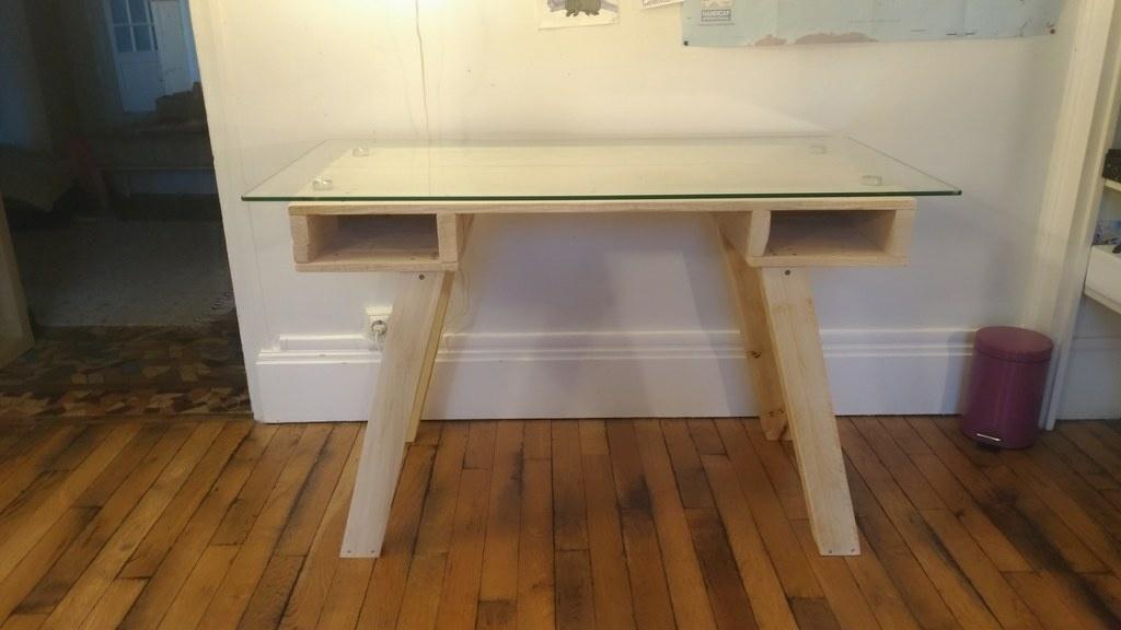 Bureau de chambre d enfant en bois de palette par benofwood sur