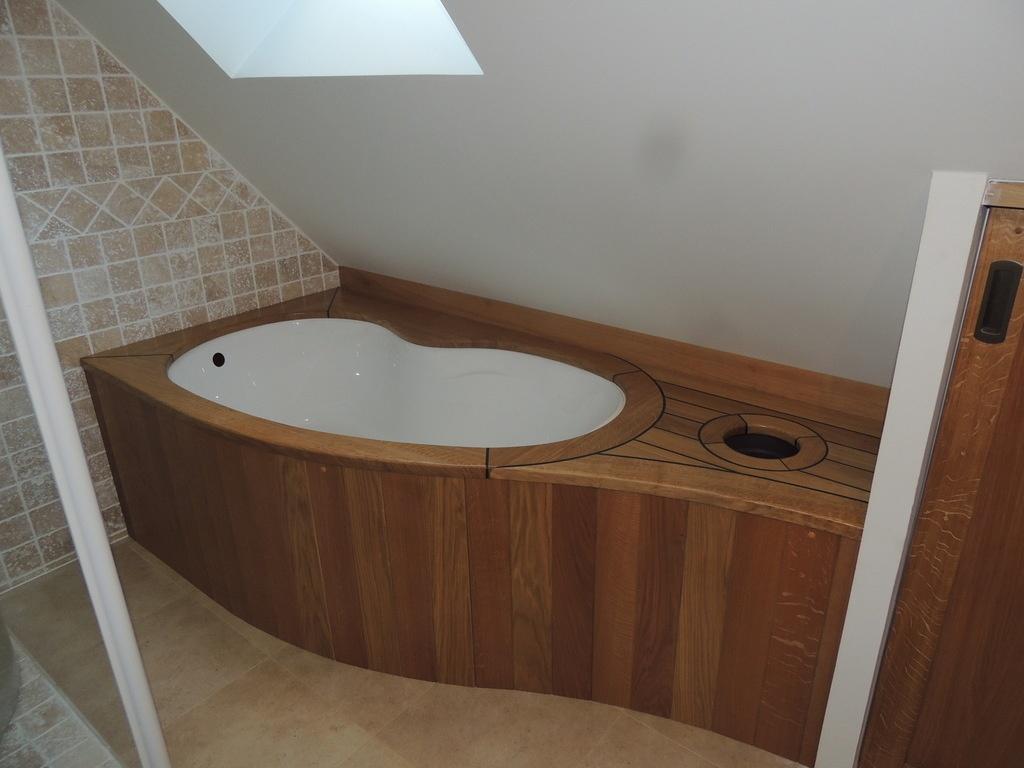habillage de baignoire par mdsvdm sur l 39 air du bois. Black Bedroom Furniture Sets. Home Design Ideas
