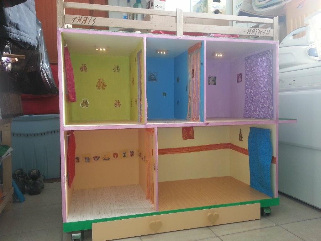 maison de poup e barbie par nirvarom sur l 39 air du bois. Black Bedroom Furniture Sets. Home Design Ideas
