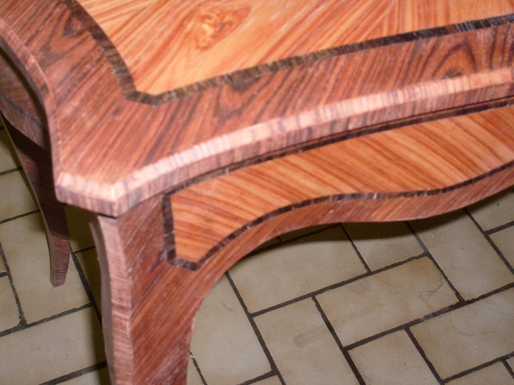 table crire louis xv par lepetitlorrain sur l 39 air du bois. Black Bedroom Furniture Sets. Home Design Ideas