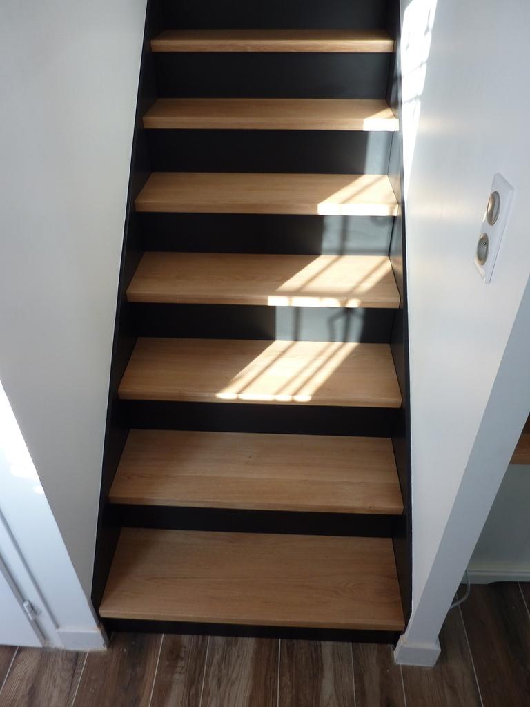 r novation escalier par enook sur l 39 air du bois. Black Bedroom Furniture Sets. Home Design Ideas