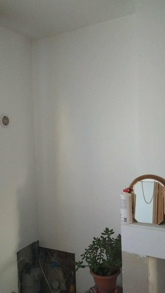 question fixation planche entre deux murs par matlho sur l 39 air du bois. Black Bedroom Furniture Sets. Home Design Ideas