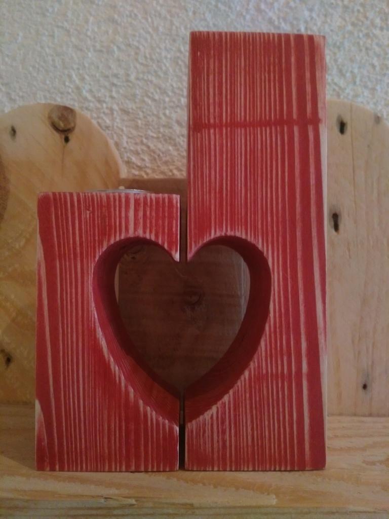bougeoir coeur pour chauffe plat par woodandcrafts sur l. Black Bedroom Furniture Sets. Home Design Ideas