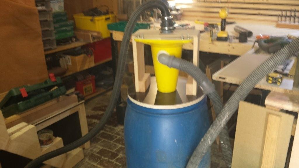 Aspirateur cyclonique maison par standard2 sur l 39 air du bois - Aspirateur integre maison ...