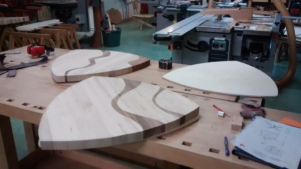 table de salon contemporaine par sacha sur l 39 air du bois. Black Bedroom Furniture Sets. Home Design Ideas