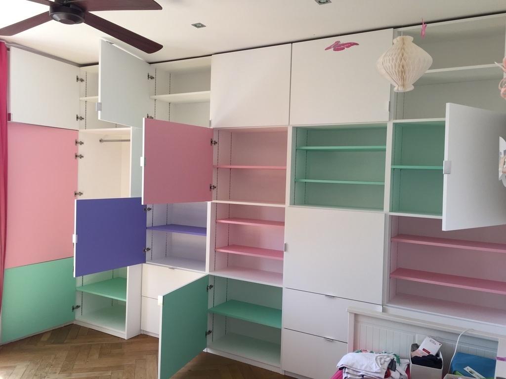 Fabrication meuble de rangement pour une chambre par - Meuble de rangement pour chambre ...