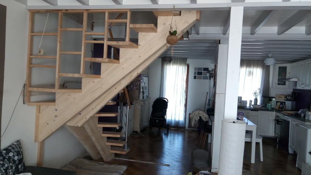escalier quart tournant double limon central v2 par stefchrys sur l 39 air du bois. Black Bedroom Furniture Sets. Home Design Ideas