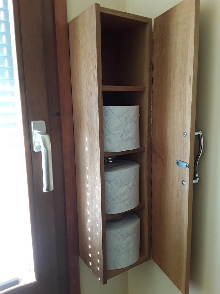tag re pour papier toilettes par atelierarboisien sur l 39 air du bois. Black Bedroom Furniture Sets. Home Design Ideas
