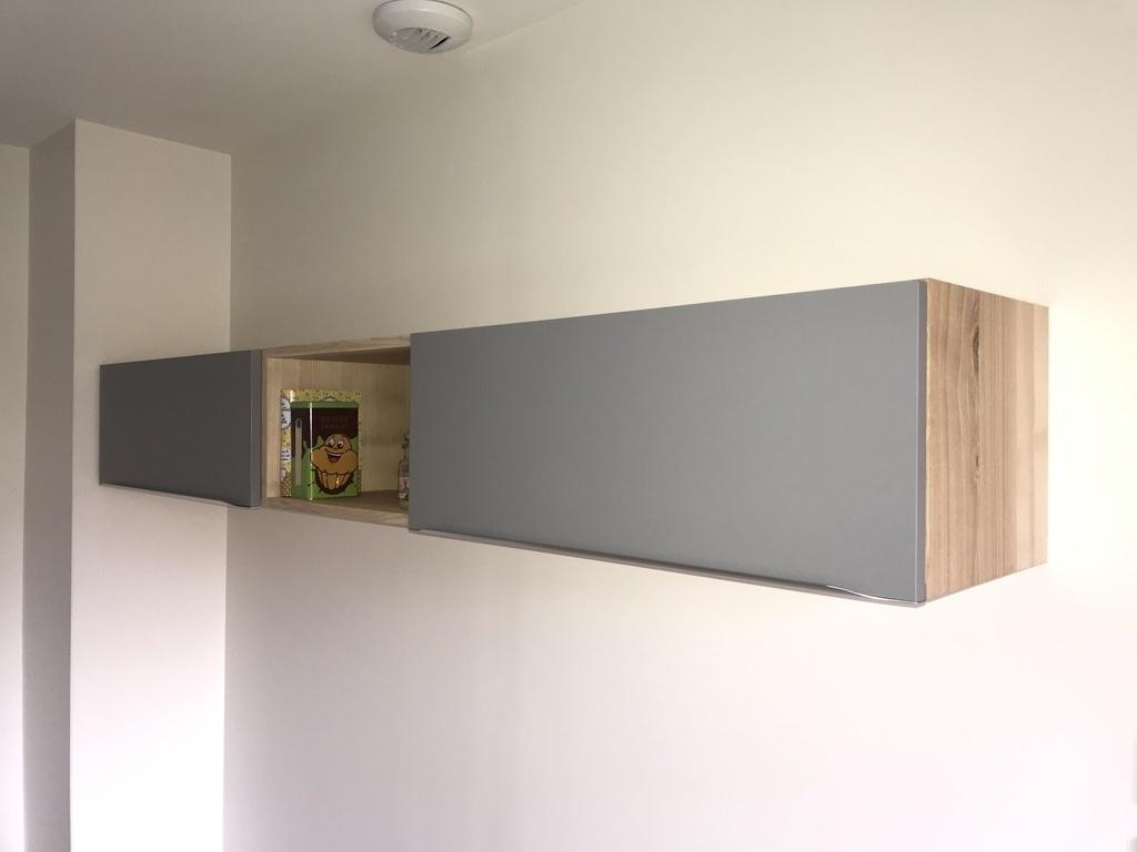 Comment Accrocher Meuble Haut De Cuisine meuble haut cuisine par lo67 sur l'air du bois