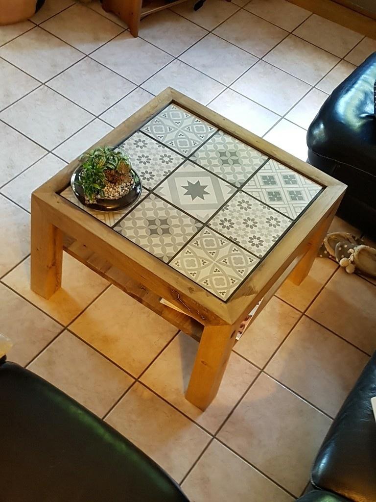 table basse et carreaux de ciments assemblage japonais kane tsugi par mvince sur l 39 air du bois. Black Bedroom Furniture Sets. Home Design Ideas