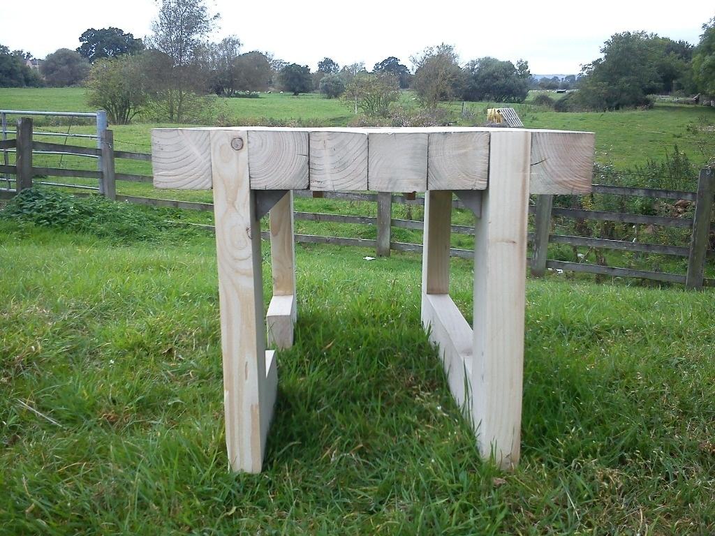 Table de jardin par woodestination sur l 39 air du bois for Decaper une table de jardin en bois