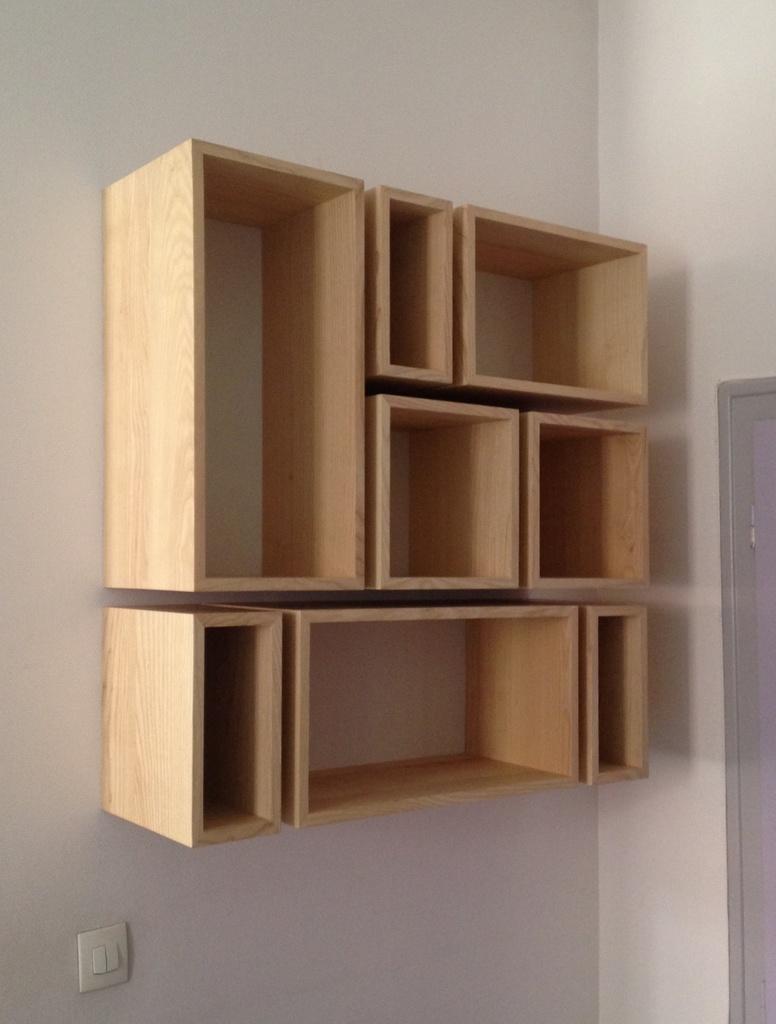 biblioth que en cubes par zeloko sur l 39 air du bois. Black Bedroom Furniture Sets. Home Design Ideas