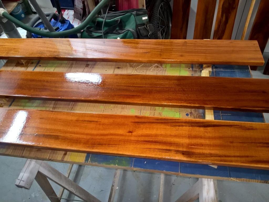 plancher local piscine int gr en bois exotique par micka33 sur l 39 air du bois. Black Bedroom Furniture Sets. Home Design Ideas