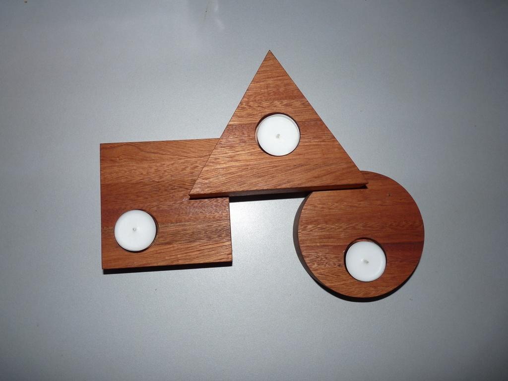 bougeoir par pascal56 sur l 39 air du bois. Black Bedroom Furniture Sets. Home Design Ideas