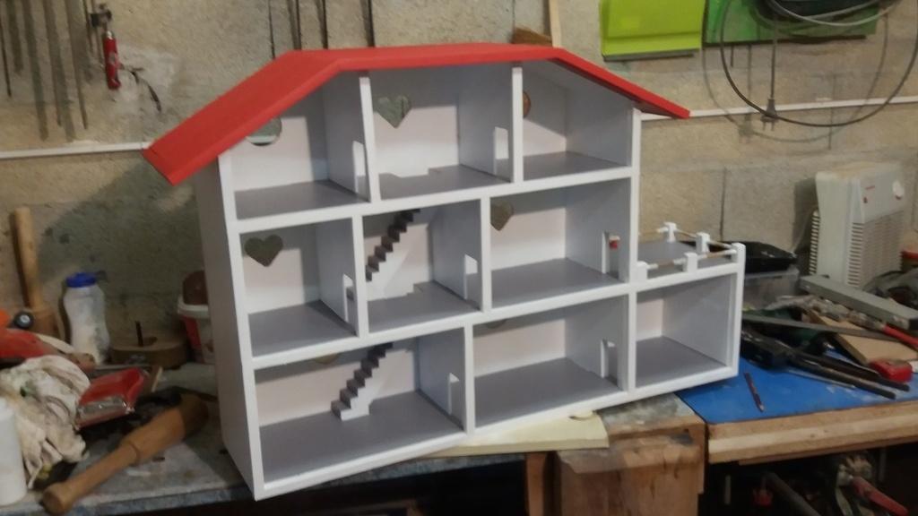 maison playmobil par cevenol sur l 39 air du bois. Black Bedroom Furniture Sets. Home Design Ideas