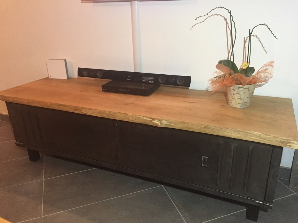 meuble tv avec vestiaire par quentinpic sur l 39 air du bois. Black Bedroom Furniture Sets. Home Design Ideas