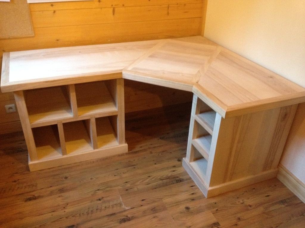 bureau massif en frene olivier et alaise cerisier par. Black Bedroom Furniture Sets. Home Design Ideas