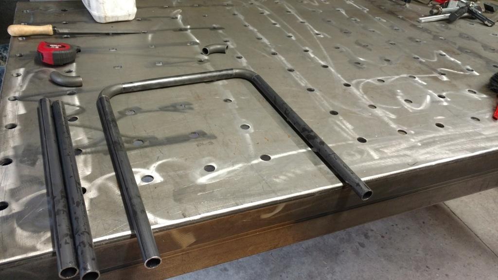 pas pas mobilier salon type industriel par step sur l 39 air du bois. Black Bedroom Furniture Sets. Home Design Ideas